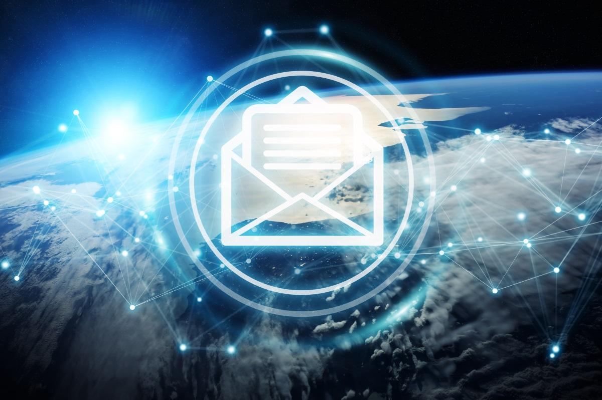倞華電腦的服務器維護服務 - 電郵