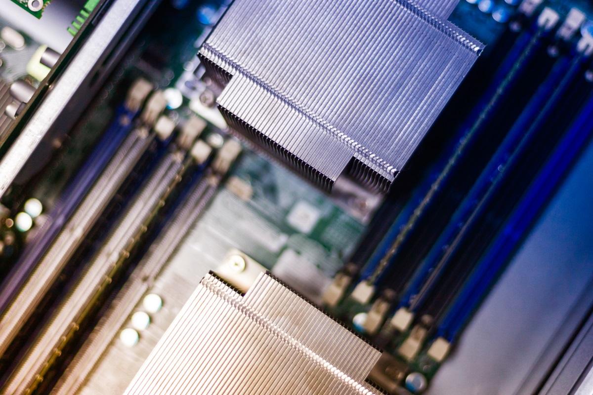 倞華電腦的服務器維護服務 - 虛擬化